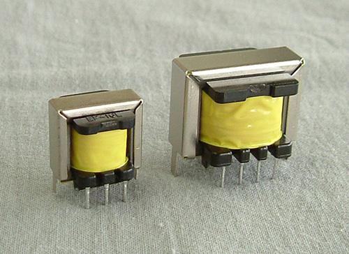 小型低周波トランス